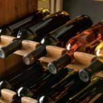 【腐る!?】ワイン開栓後(飲み残し)の保存方法|温度は常温?冷やすべき?